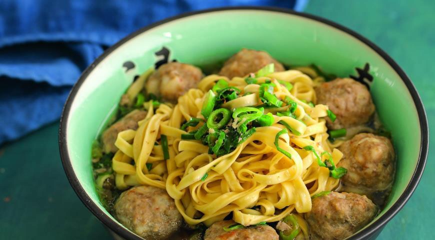 Рецепт Азиатский суп с фрикадельками