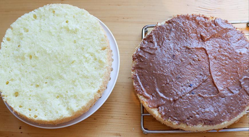 Трюфельный торт с кремом Шарлотт. Шаг 8