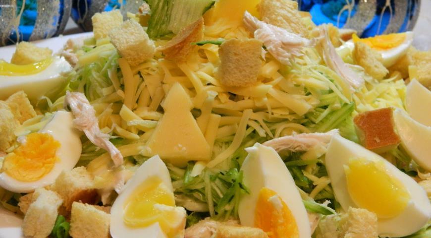 Рецепт Салат с пекинской капустой и курицей
