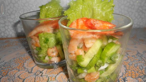 Салат-коктейль с креветками