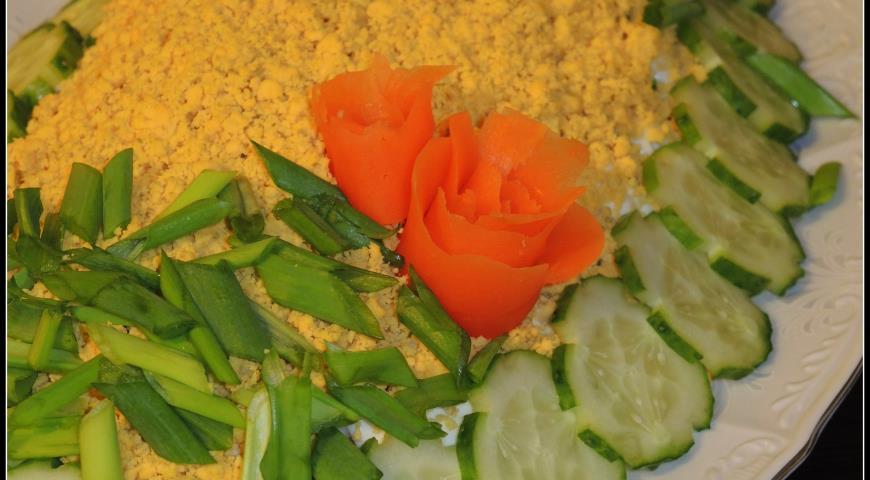 салат рыбный рецепт с фото очень