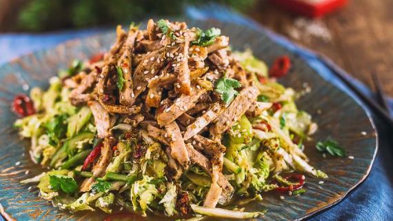 Мясной салат в азиатском стиле, пошаговый рецепт с фото