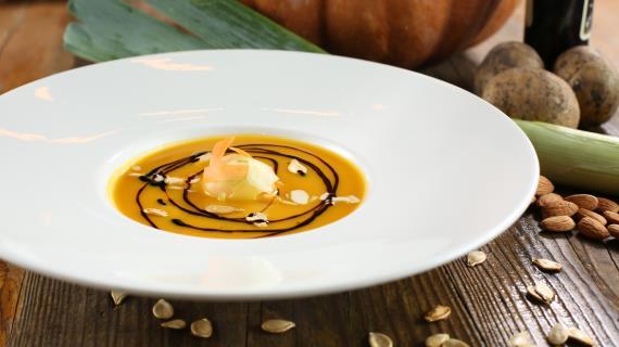 Рецепты супов пюре и крем супов с фото суп пюре из курицы  Крем суп из тыквы