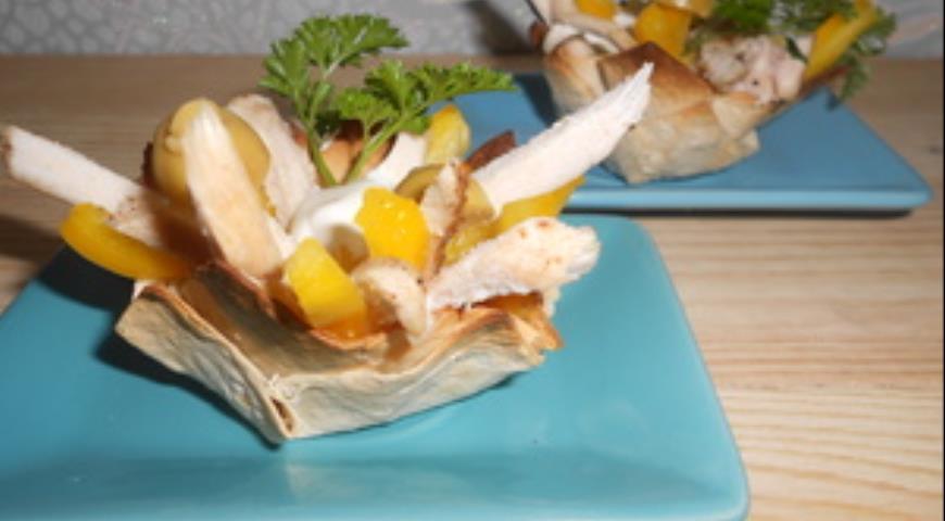 Рецепт Корзиночки с куриным салатом