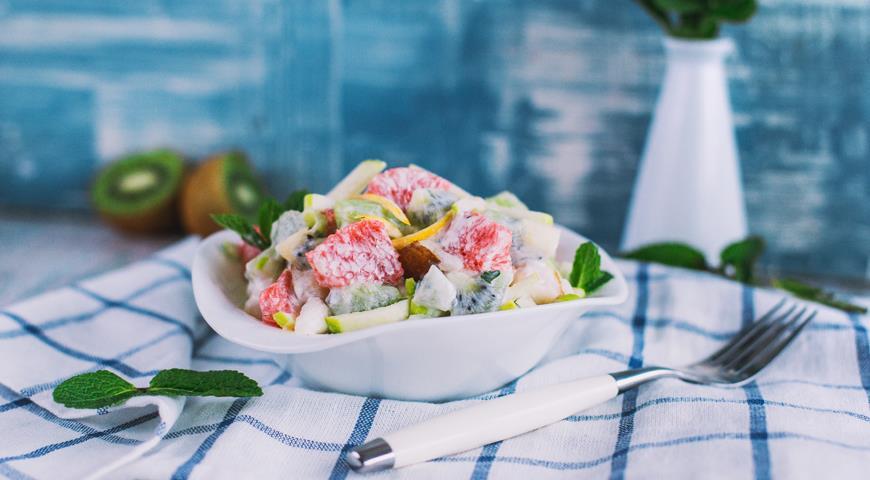 Рецепт Зимний фруктовый салат с йогуртом