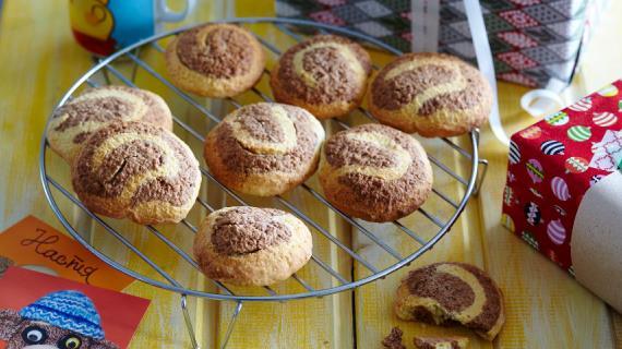 Двухцветное печенье из песочного лимонного теста