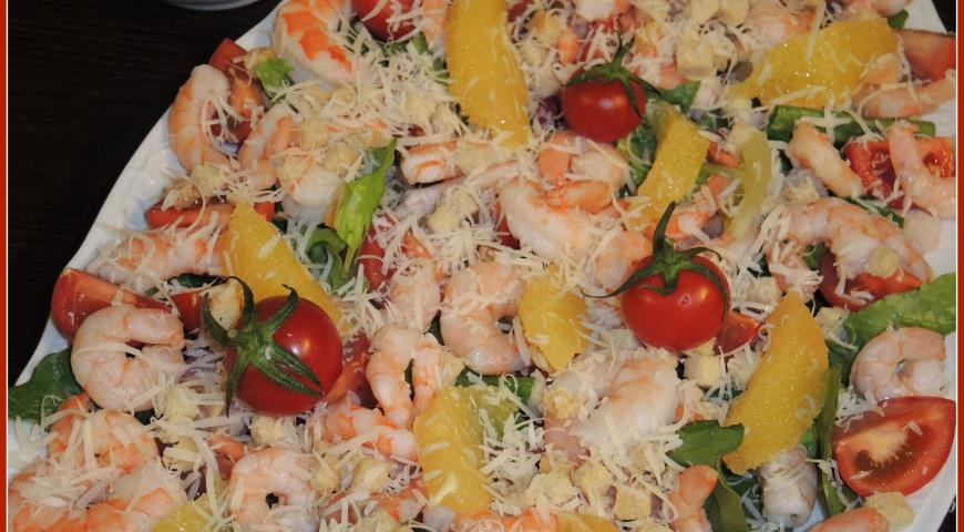 Раскладка салата цезарь с креветками