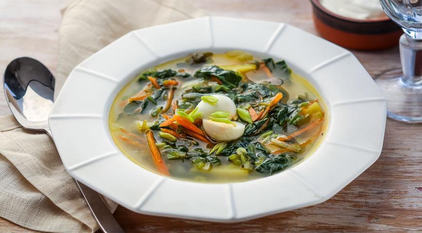 Рецепт Щи зеленые с яйцом на мясном бульоне