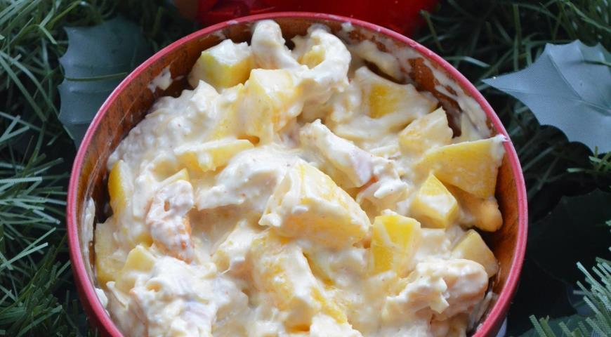 Рецепт Салат с орехами кешью, курицей и манго