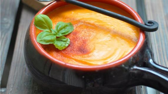 Крем-суп из печёной тыквы и картофеля с плавленым сыром