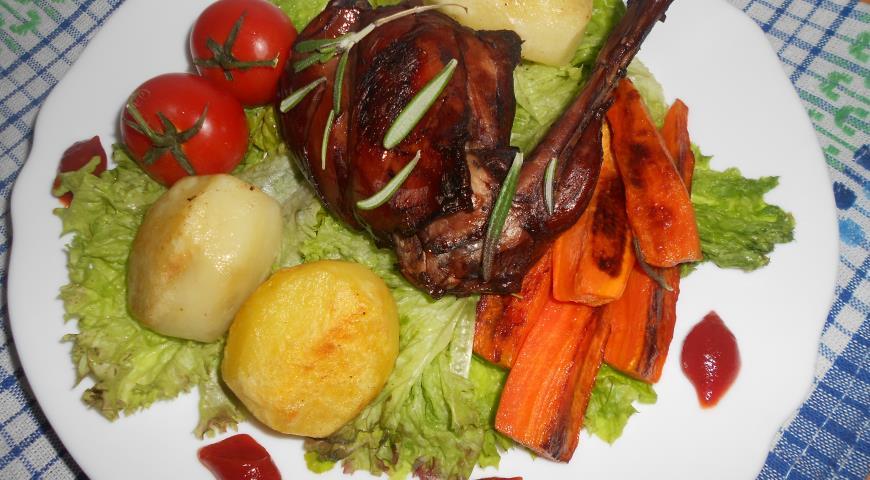 Рецепт Кролик с пряными травами и овощами