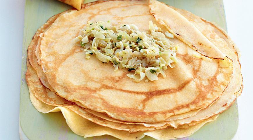 Рецепт «Северные» блинчики с капустой