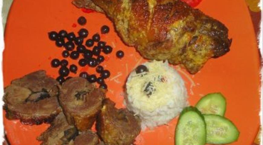 Рецепт Рулет из утиной грудки с черносливом