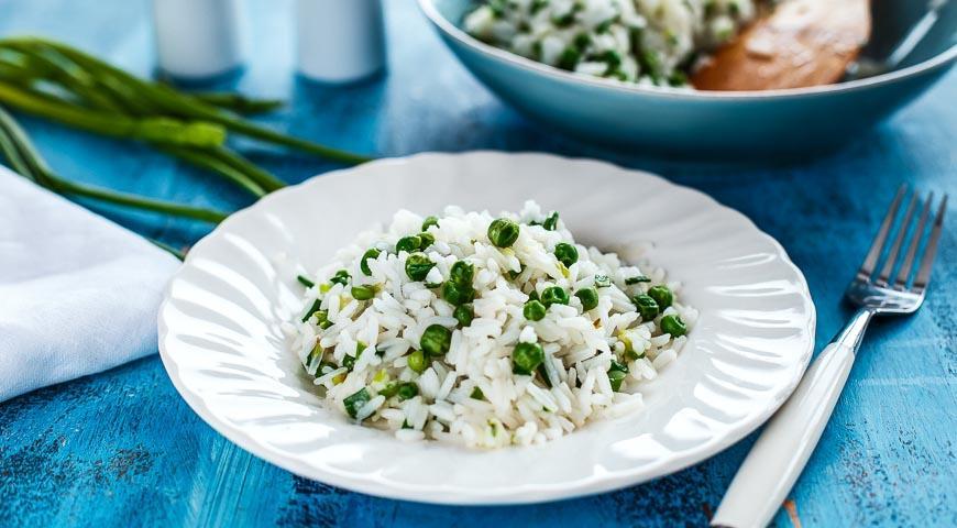 Рецепт Рис с зеленым луком, горошком и зирой