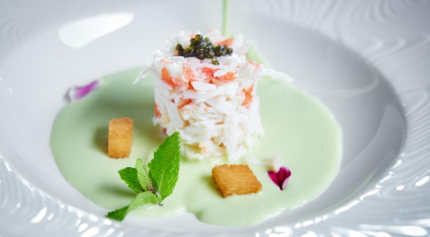 Рецепт Зеленый суп с крабом и спаржей