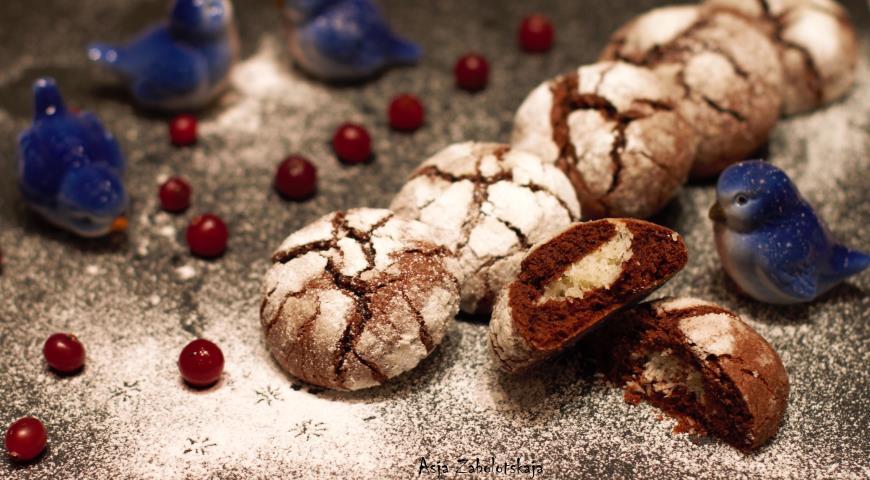 """Рецепт Шоколадное печенье с кокосовой начинкой """"сНежное сердце"""""""