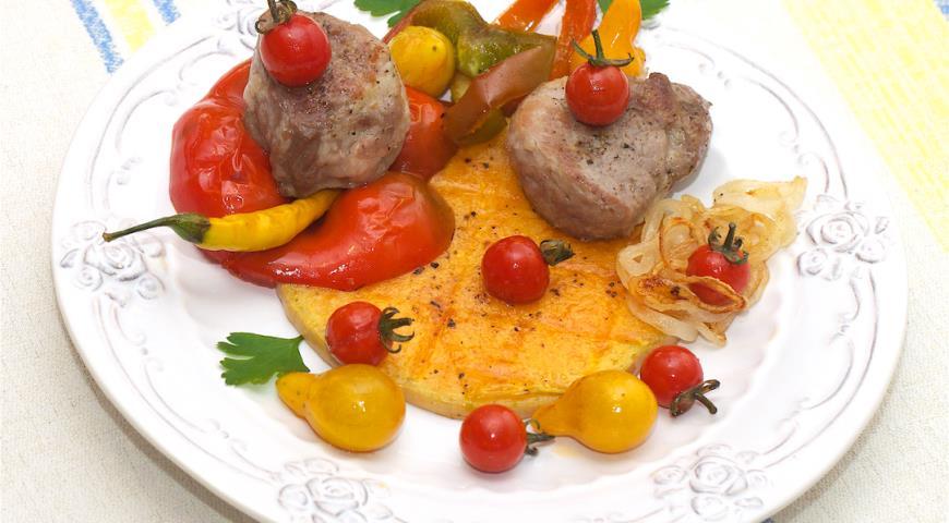 Рецепт Стейк из тыквы с филе миньон