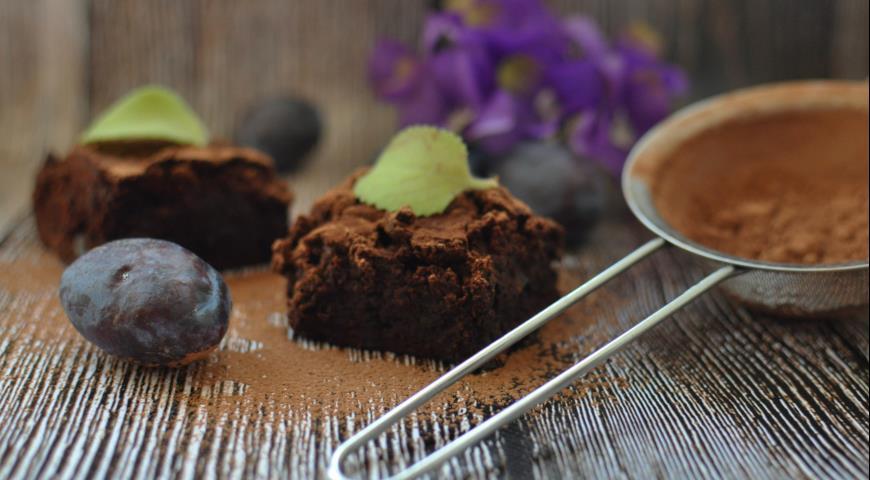 Рецепт Шоколадные брауни с черносливом