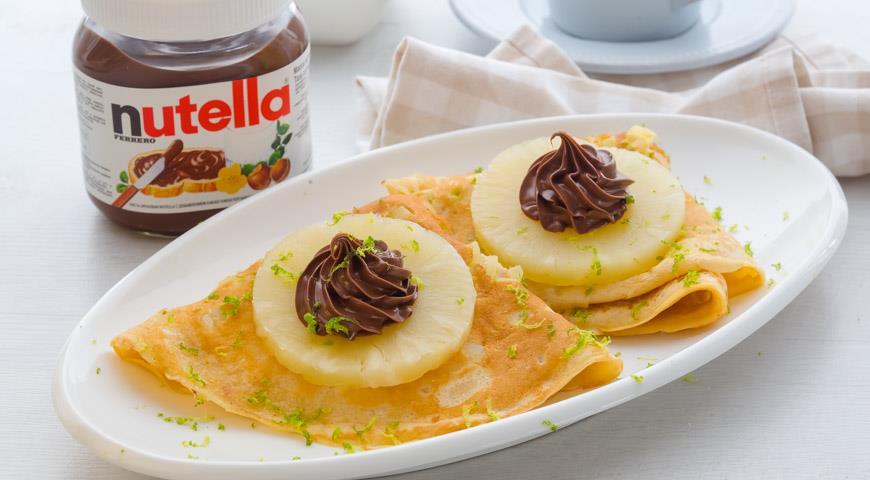 Рецепт Блины с припеком из ананаса с пастой Nutella®