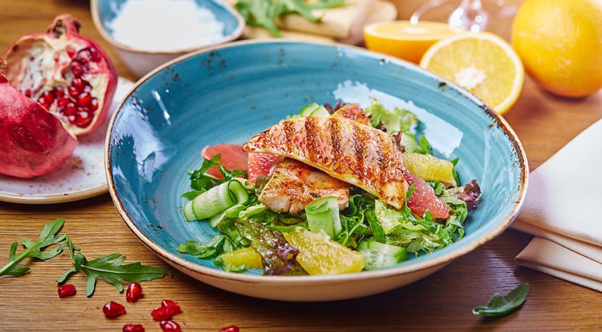 Рецепт Зеленый салат с барабулькой