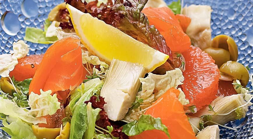 Салат из артишоков с семгой и грейпфрутом, пошаговый рецепт с фото