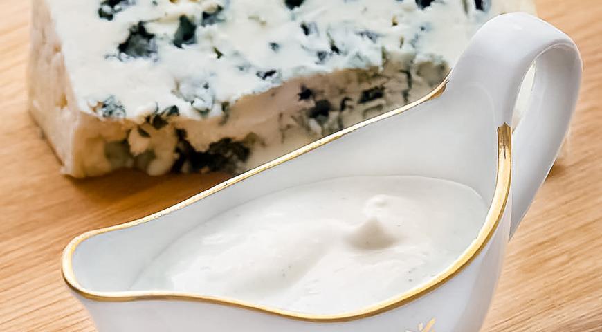 Заправка из сыра с голубой плесенью, пошаговый рецепт с фото