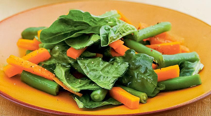 Салат из молодой моркови и шпината, пошаговый рецепт с фото