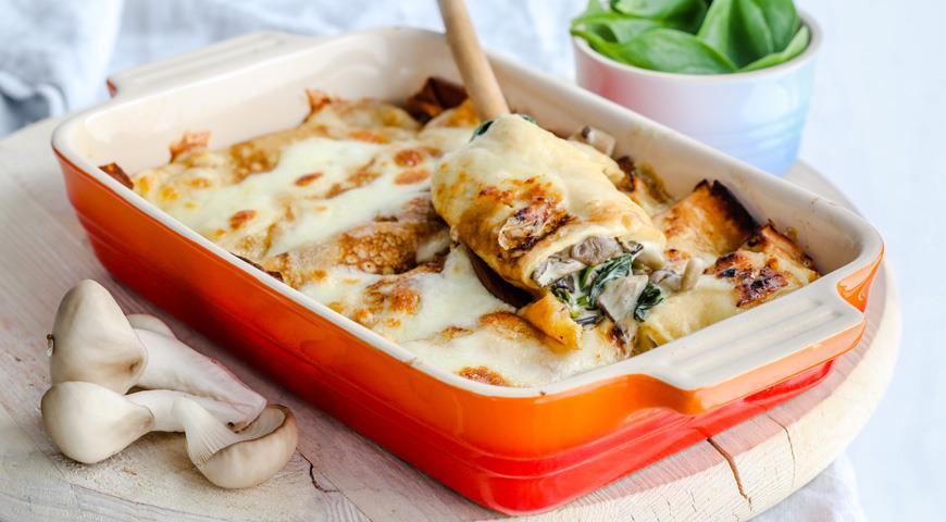 Рецепт Блинчики с грибами, шпинатом и сыром