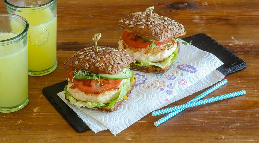 Рецепт Полезный бургер из курицы