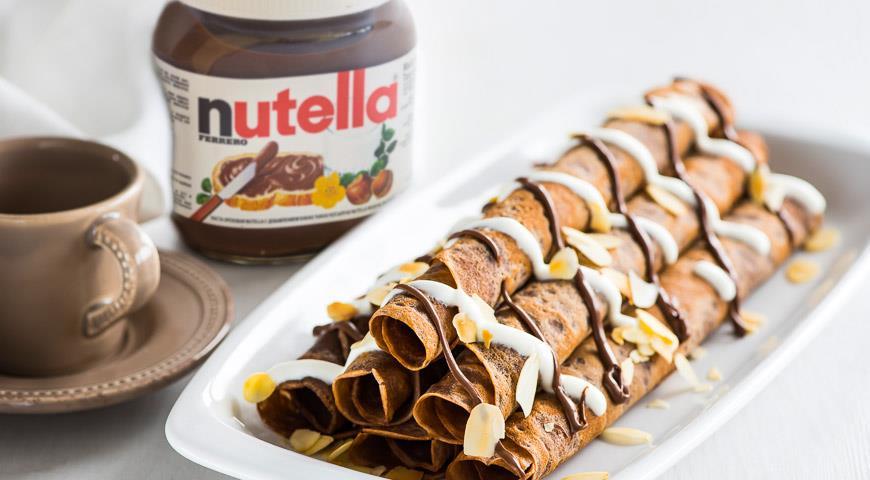 Рецепт Кофейные блинчики со сметанным кремом и пастой Nutella®