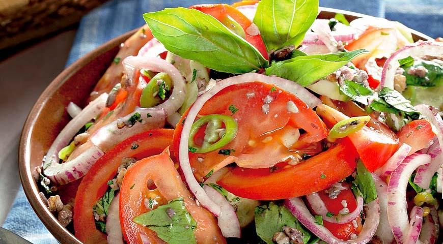 Салат Цезарь с пекинской капустой - вкусный рецепт с