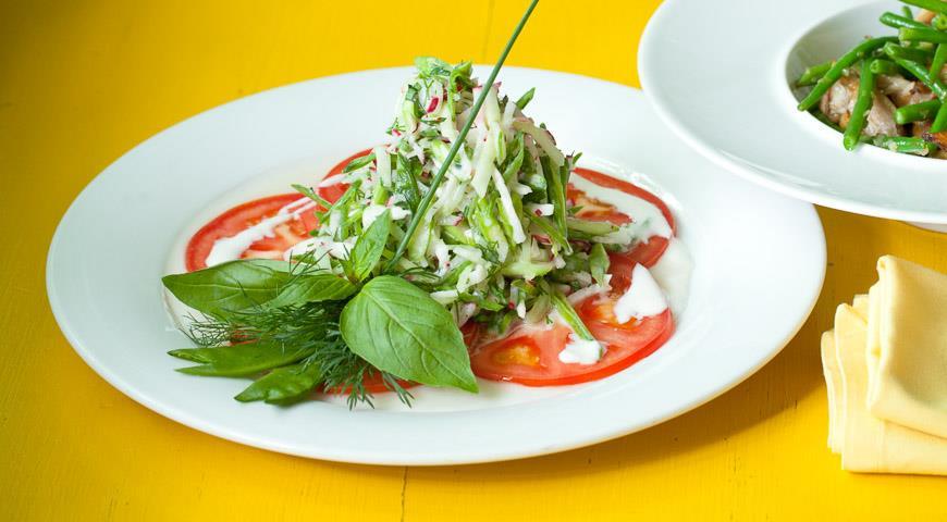 Салат с помидорами с фото пошагово