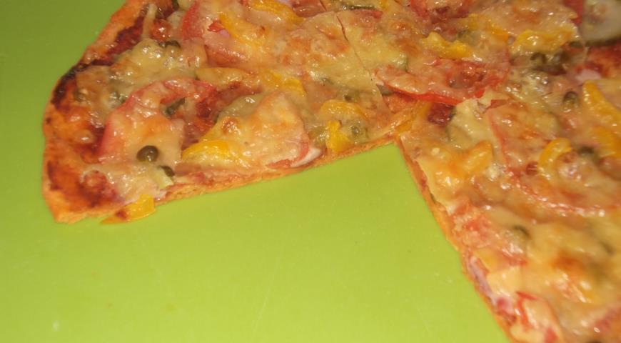 Рецепт Пицца на тонком дрожжевом тесте с томатом