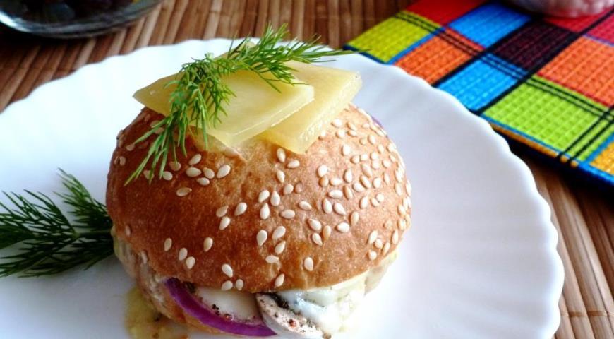 Рецепт Теплый бутерброд с шампиньоном и сыром