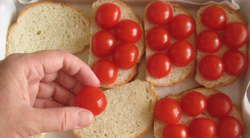 Горячие бутерброды «В итальянском стиле» . Шаг 3