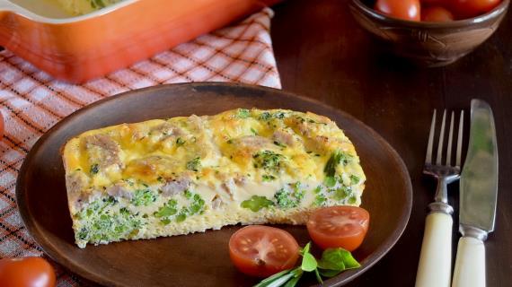 Запеканка с брокколи и отварным мясом