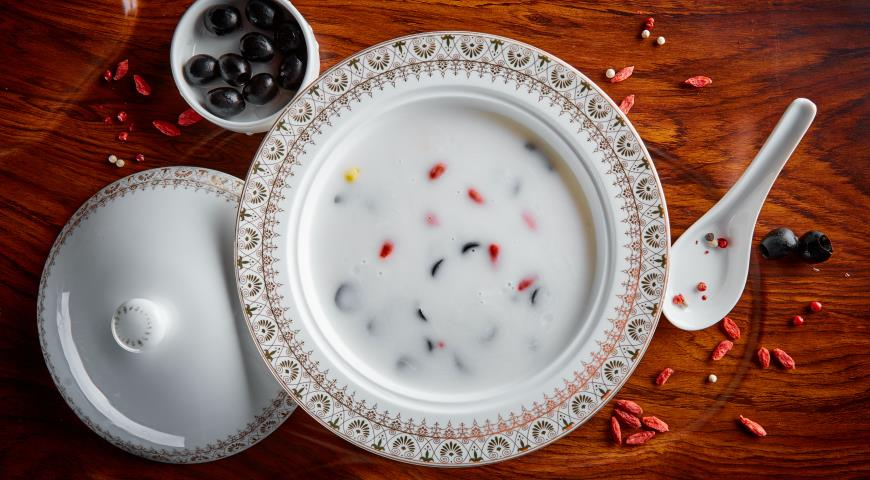 Рецепт Кокосовый суп с маслинами, кукурузой и барбарисом