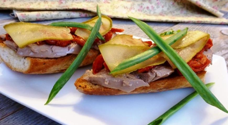 бутерброды с печень минтая рецепт