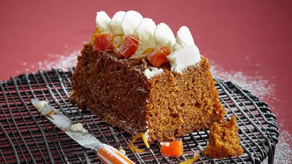Морковный кекс с имбирем, апельсинами и цукатами