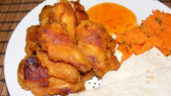 Запеченные порционные куриные крылышки