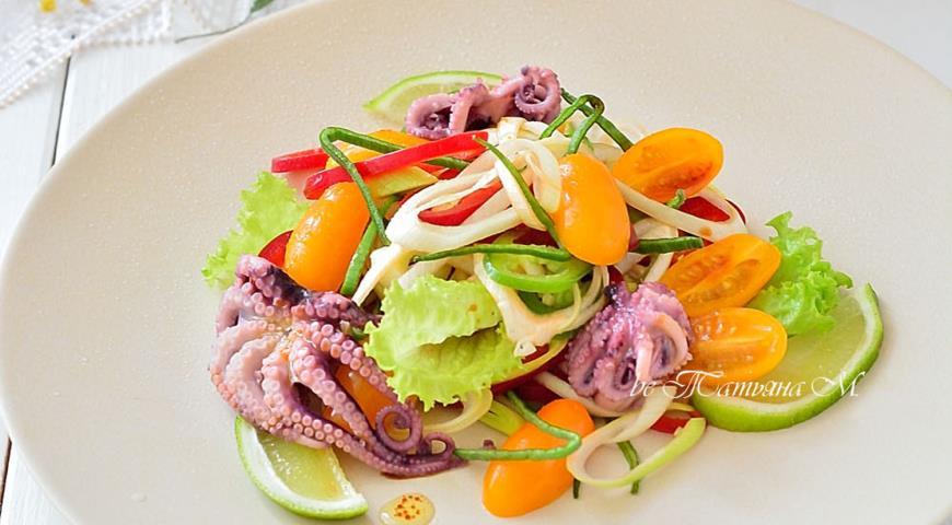 """Салат с осьминогами """"Весенняя палитра"""", пошаговый рецепт с фото"""