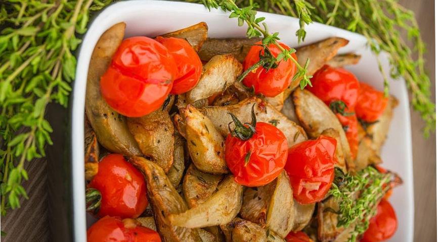 Топинамбур с помидорами черри