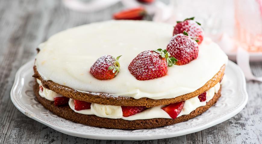 Торт сметанный с клубникой рецепт с фото