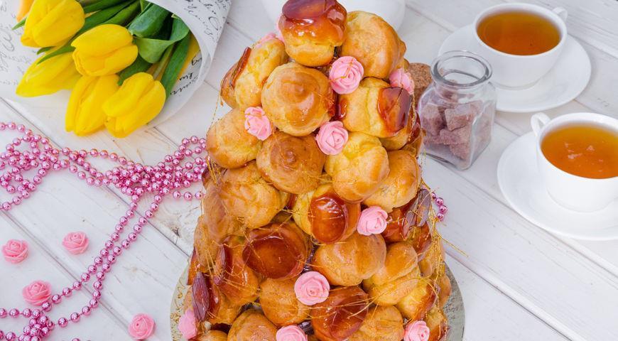 Крокембуш с фисташковым кремом и ягодами, пошаговый рецепт с фото