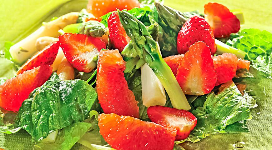 салаты из свинины рецепты с фото легкие