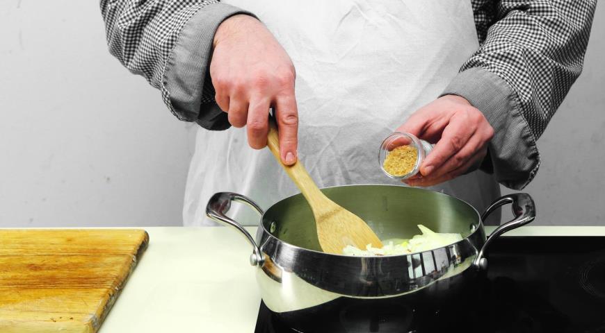 Постный луковый суп. Шаг 2