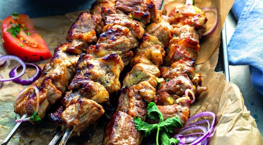 салаты из мяса рецепт классический с фото