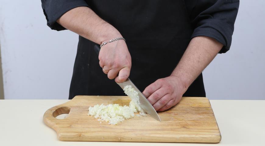 Фото приготовления рецепта: Классический американский бургер, шаг №1
