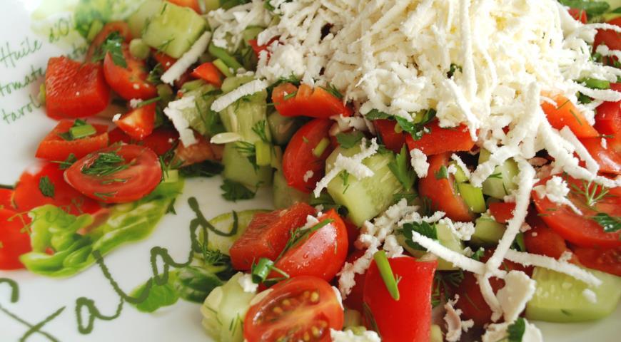 «Шопский» салат с болгарской брынзой