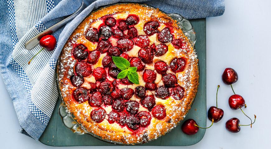 Пирог из черешни с творогом, пошаговый рецепт с фото